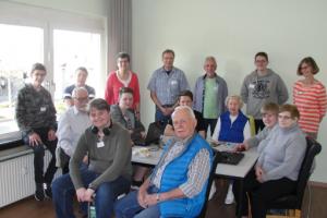 Senioren an Netz, Foto: MGH Schnerverdingen