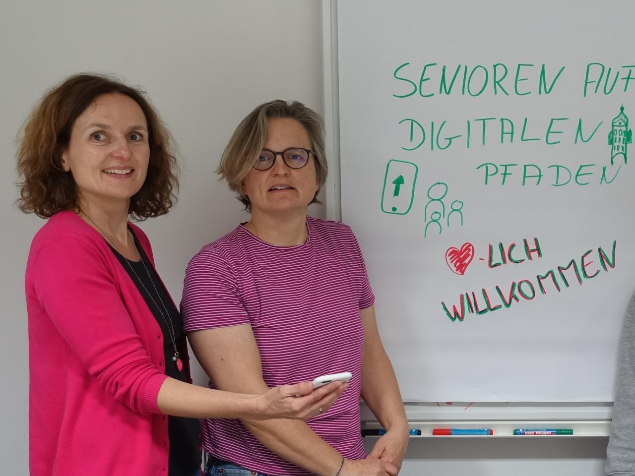 Foto von den Projektbeteiligten des Leuchtturm-Projektes in Erding