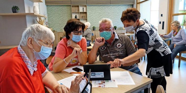 Senioren testen Tablets